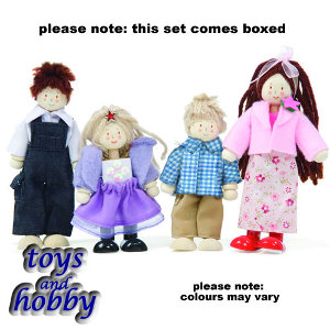p051 - Doll Family of 4 figures